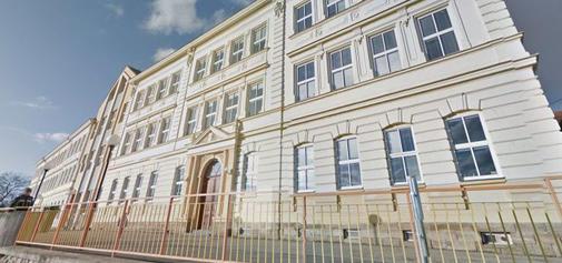 Jazyková škola Rosice-budova Základní školy Rosice