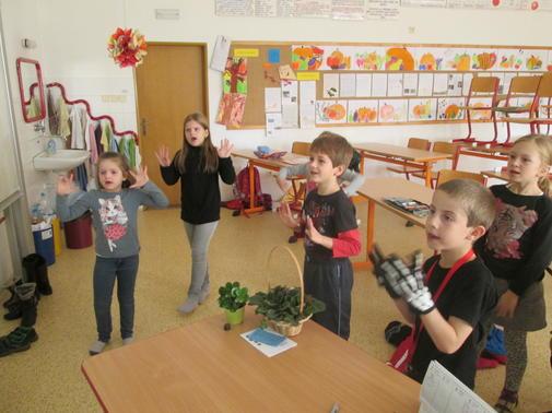 Děti se v jazykových kurzech nenudí